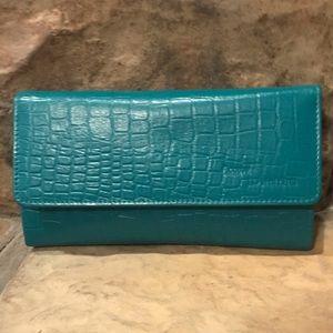 Turquoise Genuine Leather RFID Ladies Wallet NIB